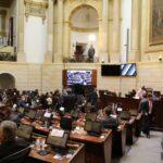 Congreso aprobó 46 ascensos de oficiales de la fuerza pública